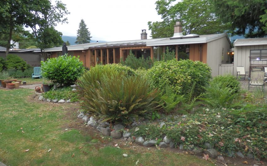 4067 Sunnycrest Drive, North Vancouver