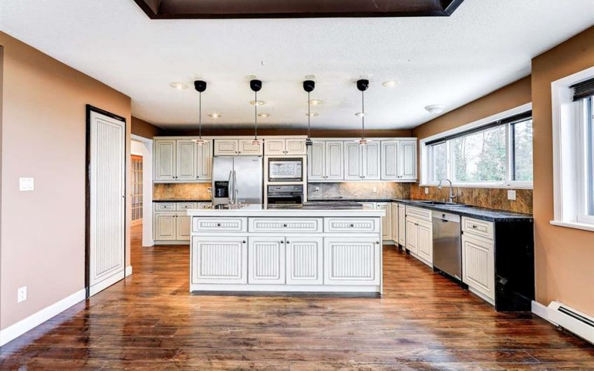 2475 Skilift Road, West Vancouver